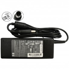 HP AC ADAPTER 19 V